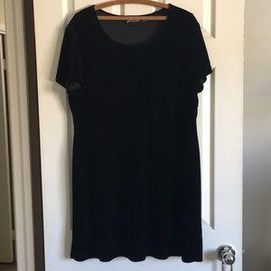 VINTAGE Kathie Lee black velvet Tshirt dress